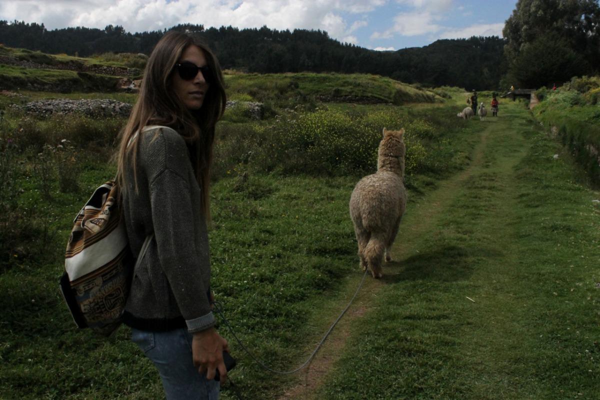 Hola Perú